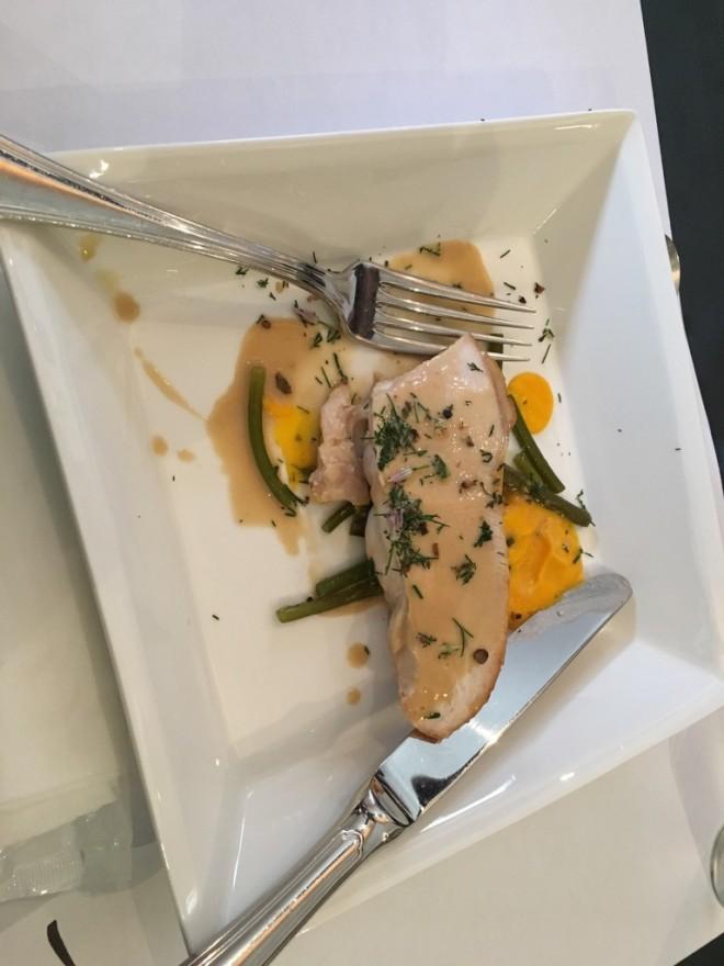 フランス料理でテーブルマナーを学ぶ!