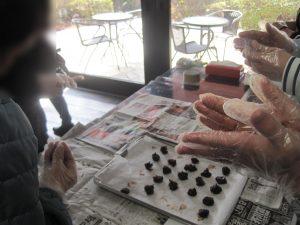 手作りチョコで交流を深めよう